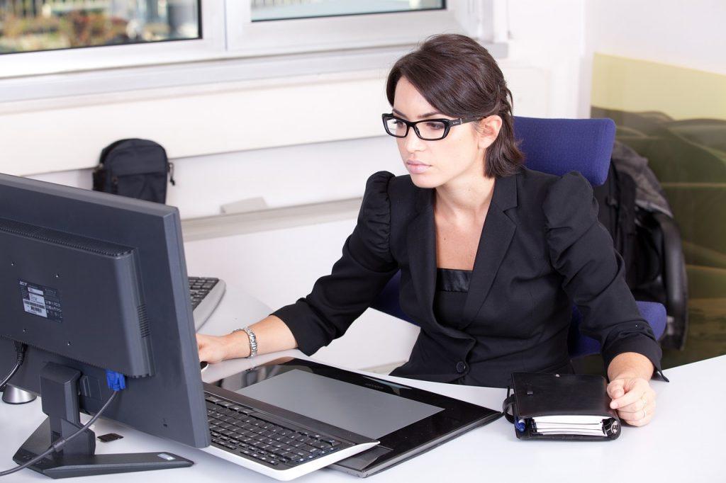 Photo 2 - Service Client