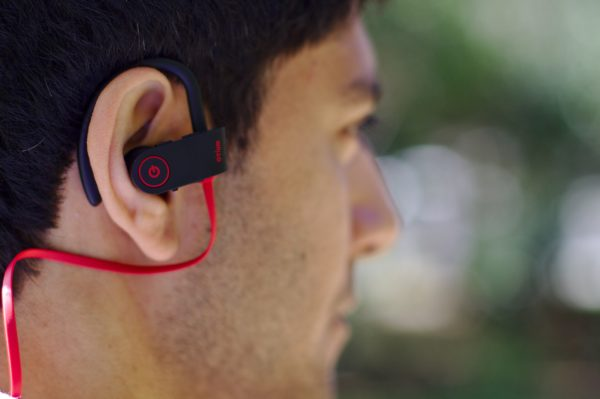 écouteurs-bluetooth-sport-sans-fil